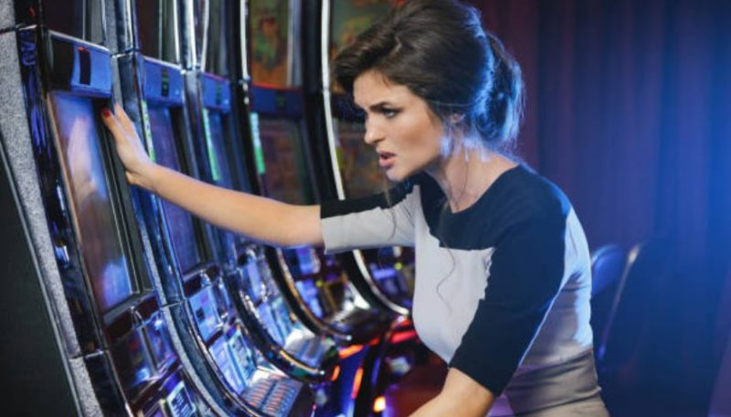 What You Need To Know About Online Slot Games